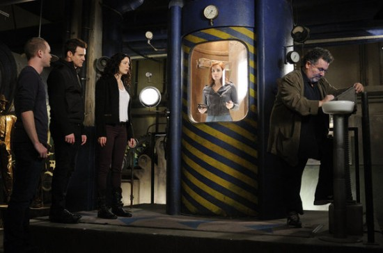 Warehouse 13 Season 4 Episode 19 All the Time in the World (1)