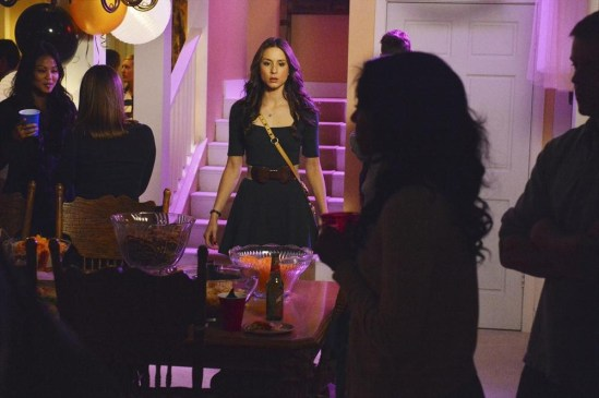 Pretty Little Liars Season 4 Episode 5 Gamma Zeta Die! (6)