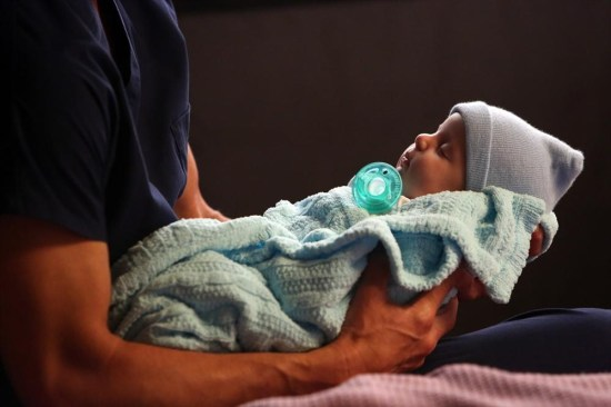 Grey's Anatomy Season 10 Episode 1 & 2 Seal Our Fate;I Want You With Me (9)