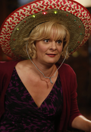 Raising Hope Episodes 9 & 10 The Chance Who Stole Christmas;Bee Story (5)