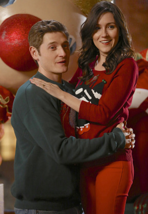 Raising Hope Episodes 9 & 10 The Chance Who Stole Christmas;Bee Story (1)