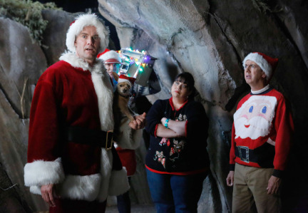 Raising Hope Episodes 9 & 10 The Chance Who Stole Christmas;Bee Story (9)