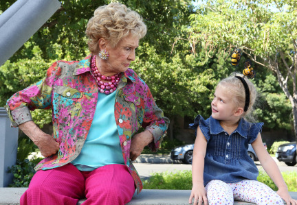 Raising Hope Episodes 9 & 10 The Chance Who Stole Christmas;Bee Story (18)