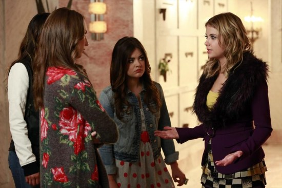 Pretty Little Liars Season 4 Episode 14 Who's in the Box (4)