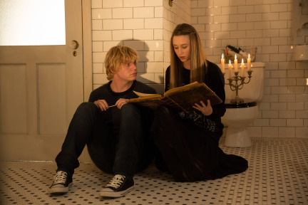 American Horror Story Season Episode 11 Protect the Coven (5)