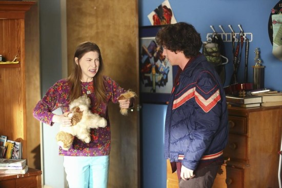 The Middle Season 5 Episode 11 War of the Hecks (13)