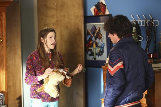 The Middle Season 5 Episode 11 War of the Hecks (11)