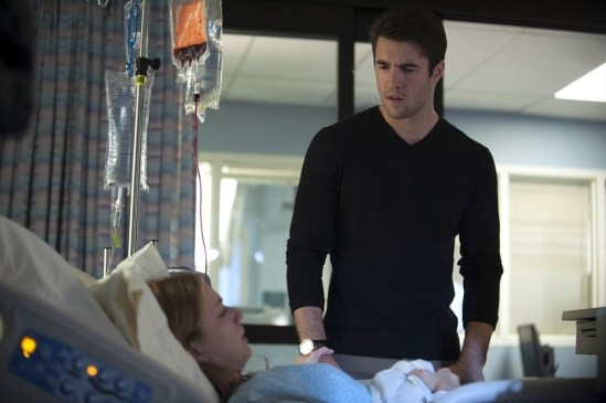 Revenge Season 3 Episode 11 Homecoming (14)