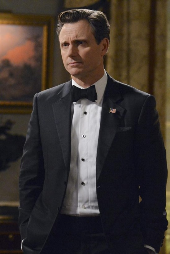 Scandal Season 3 Episode 12 We Do Not Touch the First Ladies (4)