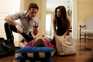 Royal Pains Season 6 Episode 5 Goodwill Stunting (1)