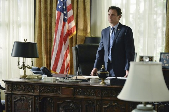 Scandal Season 4 Episode 1 Randy, Red, Superfreak and Julia (1)