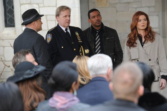 The Mysteries of Laura Series Premiere2014 Pilot (8)
