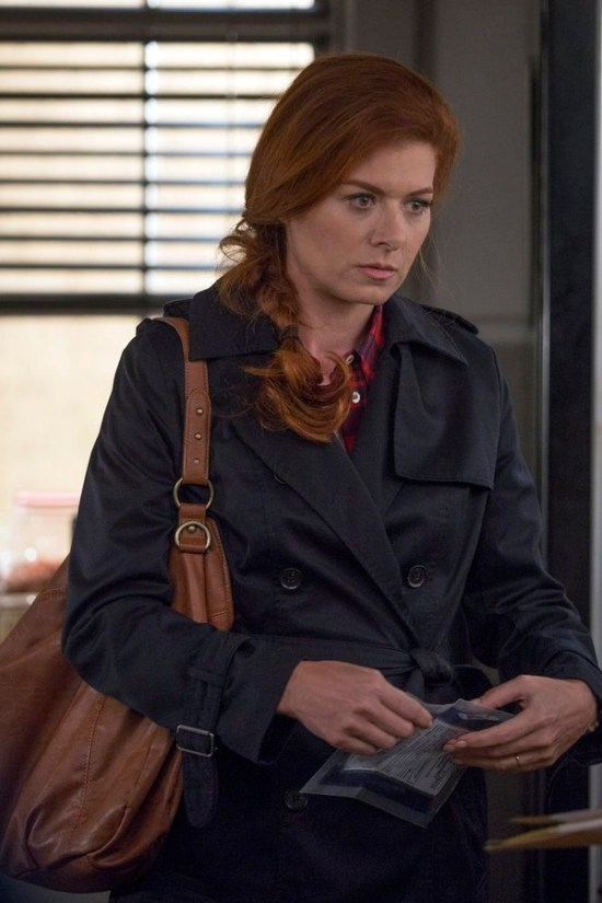 The Mysteries of Laura Series Premiere2014 Pilot (2)