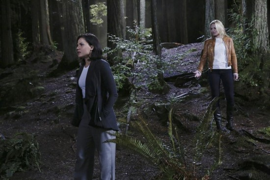 Once Upon a Time Season 4 Episode 5 Breaking Glass (9)