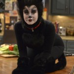 Melissa & Joey Halloween Special 2014 Witch Came First (7)