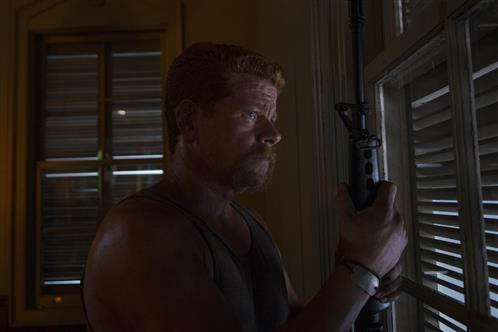 The Walking Dead Season 5 Episode 3 Four Walls and a Roof (2)