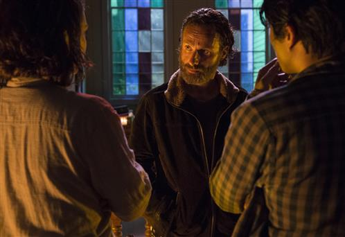 The Walking Dead Season 5 Episode 3 Four Walls and a Roof (1)