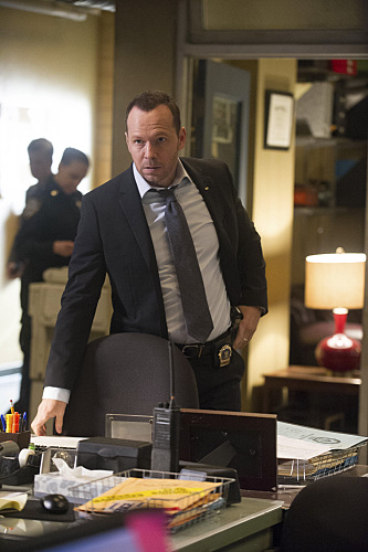 Blue Bloods In the Box Season 5 Episode 16 03