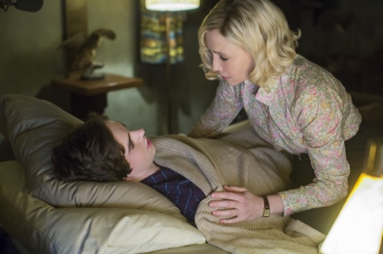 Bates Motel Persuasion Season 3 Episode 3 04