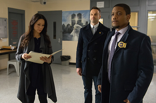 Elementary The Best Way Out Is Always Through Season 3 Episode 22 7