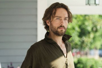 "Sleepy Hollow ""Whispers In The Dark"" Season 3 episode 2 (2)"