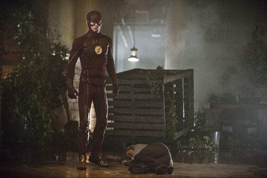 """The Flash """"Flash of Two Worlds"""" Season 2 Episode 2 (12)"""