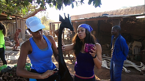 """The Amazing Race """"Good Old Fashioned Spit In The Face"""" Season 27 Episode 4 (10)"""