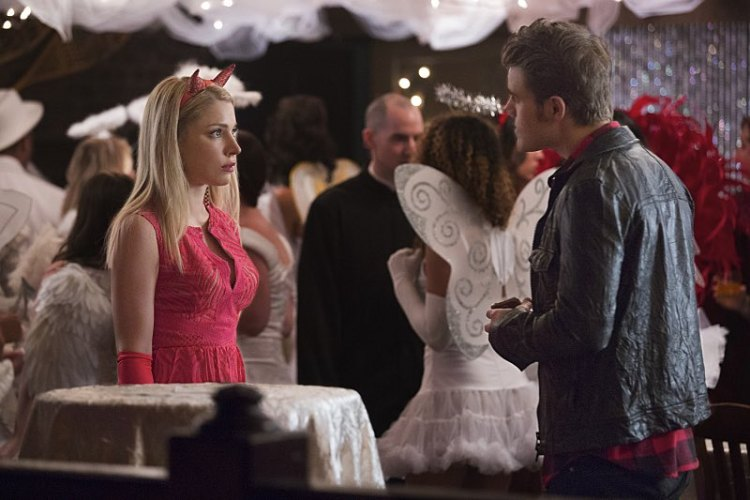 """The Vampire Diaries """"I Carry Your Heart With Me"""" Season 7 Episode 4 (3)"""