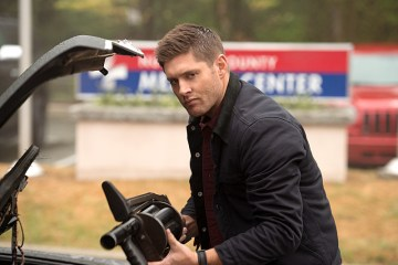 Supernatural Out of the Darkness, Into the Fire (12)