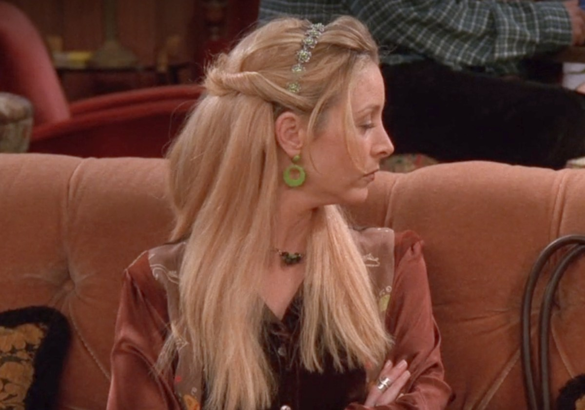 Decorative image of Phoebe from friends demonstrating 90's fashion