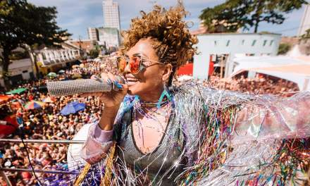 """Gaby Amarantos faz maratona de shows no Recife: """"Melhor Carnaval do mundo"""""""