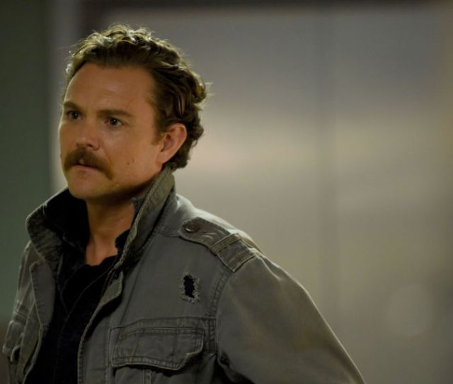 Lethal Weapon Star Clayne Crawford Responds To Being Fired From Fox Series  C2 B7
