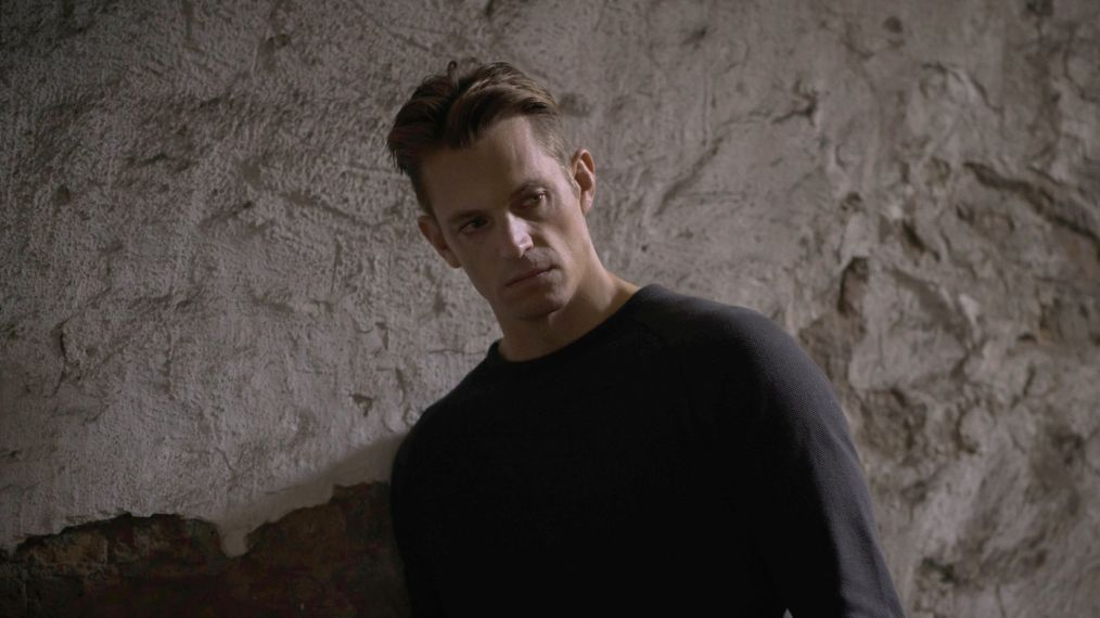 Hanna's Joel Kinnaman Teases a 'Different Dynamic' With 'Killing ...