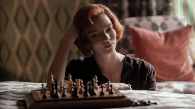 Netflix's 'The Queen's Gambit' Shows Off the 'Ruthless' Side of Chess  (VIDEO) - TV Insider