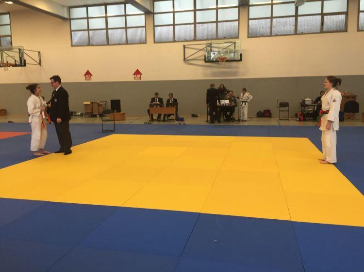 https://www.tvjahn-bad-lippspringe.de/tl_files/artikelbilder/2012/Judo/BEM U15-18 2016/Foto 07.02.16, 12 00 30.jpg