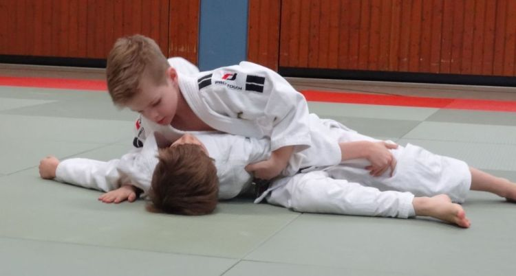 https://i1.wp.com/www.tvjahn-bad-lippspringe.de/tl_files/artikelbilder/2012/Judo/DSC00050b.jpg?w=750&ssl=1