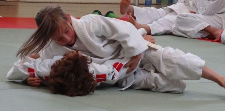 https://i1.wp.com/www.tvjahn-bad-lippspringe.de/tl_files/artikelbilder/2012/Judo/DSC08556b.jpg?w=750