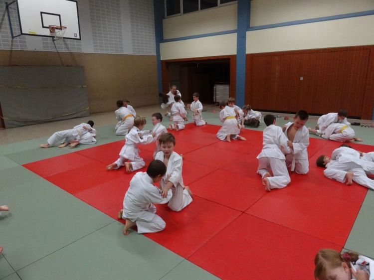 https://i1.wp.com/www.tvjahn-bad-lippspringe.de/tl_files/artikelbilder/2012/Judo/DSC09679.JPG?w=750&ssl=1