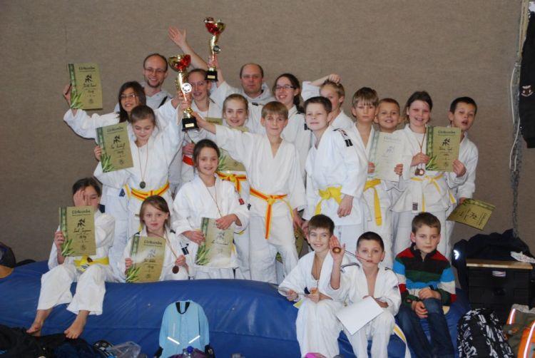 https://i1.wp.com/www.tvjahn-bad-lippspringe.de/tl_files/artikelbilder/2012/Judo/DSC_7768.JPG?w=750