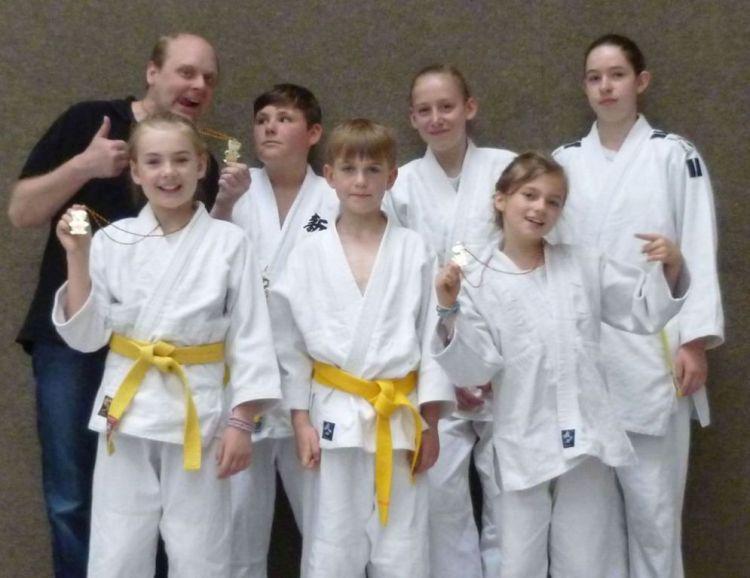 https://i1.wp.com/www.tvjahn-bad-lippspringe.de/tl_files/artikelbilder/2012/Judo/P1000727b.jpg?w=750&ssl=1