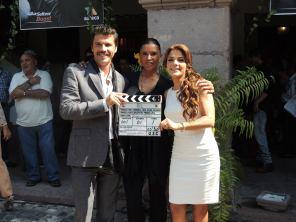 """El elenco y la producción de """"Los Rey"""", dieron el claquetazo inicial de las grabaciones"""