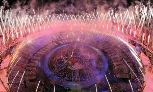 londres-2012-ceremonia-inauguracion-estadio-fuegos-artificiales