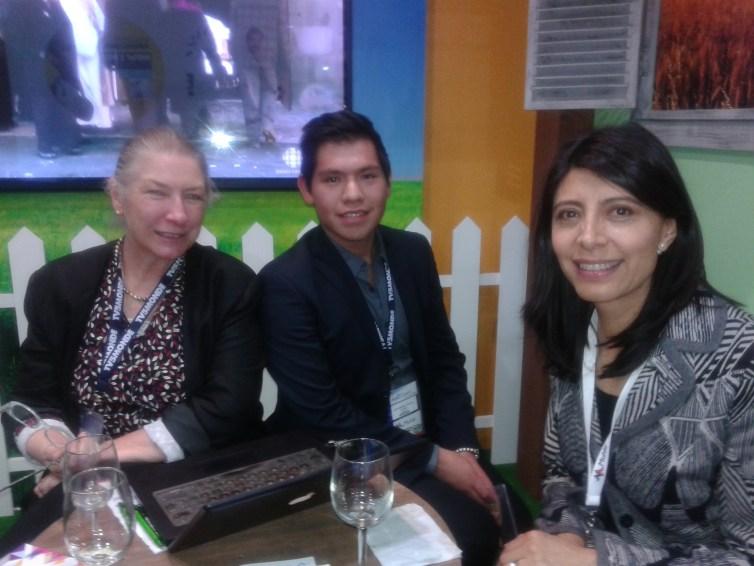 Lygie y  Jose Manuel Garcia de TV5MONDE con Eva Villareal de HBO