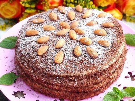 Торт сметанный, сырный крем, ваниль, на сковороде