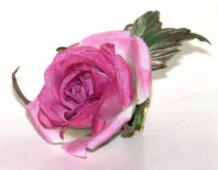14. Роза бордовая 1800 руб.