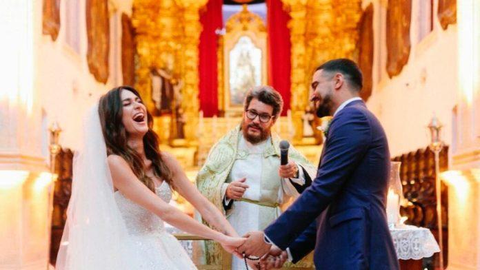 Casamento da atriz Thaila Ayala com o empresário Renato Goés