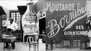 Publicités de Méliès pour le biberon Robert (à gauche) et la moutarde Bornibus (à droite)