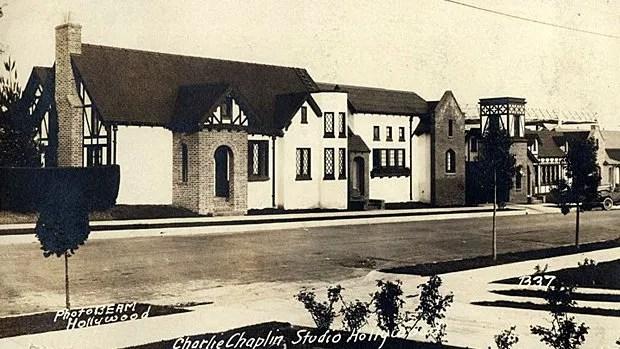 Carte postale de 1922 sur les studios Charlie Chaplin