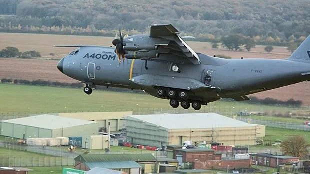 Tom Cruise s'envoie en l'air à 1 500 mètres d'altitude...