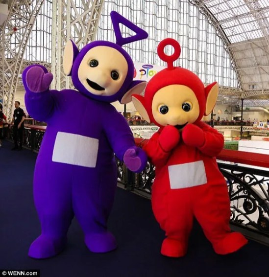 487E343D00000578-5301651-An_actor_dressed_as_Tinky_Winky_was_pictured_at_The_London_Toy_F-a-29_1516711241566